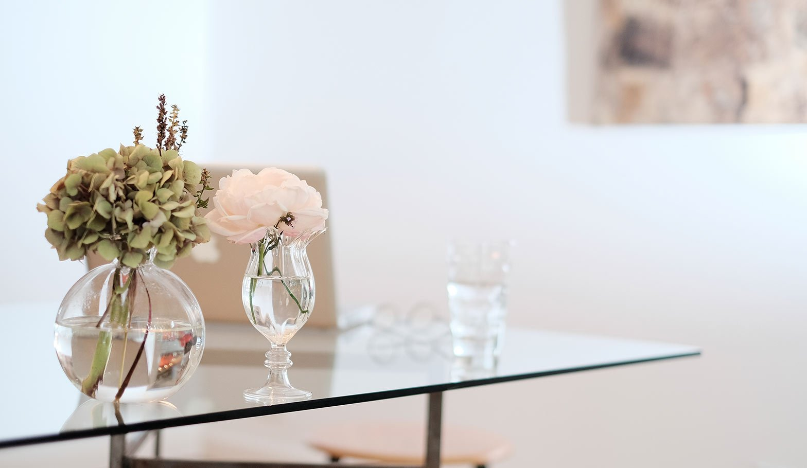How to Save Money on Decorating Your Home