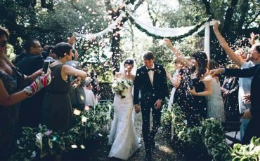 4 Ways to Personalize Your Wedding