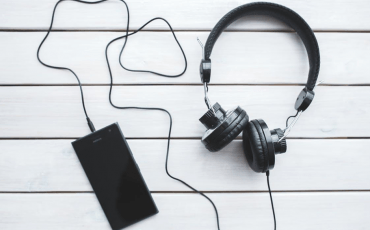 5 tips for finding new music to listen to.